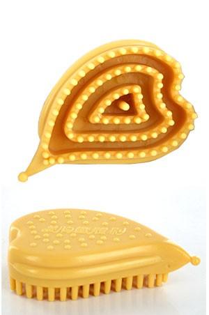 Scalp Massager -Heart Shape (Light Brown) -pc